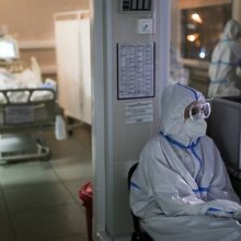 Ligoninėse šiuo metu gydomas 924 COVID-19 pacientai, 92 iš jų – reanimacijoje