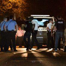 Filadelfijoje per kelias valandas trukusį susišaudymą sužeisti šeši policininkai