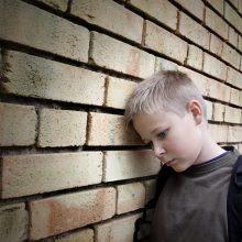 Tėvystės ir alkoholio dvikova: kas svarbu sveikai vaiko emocinei raidai?