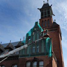 Klaipėdos savivaldybė svarsto pirkti centrinio pašto pastatą, prašo stabdyti aukcioną