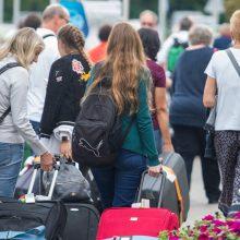 Nemokama konsultacijų linija padės grįžtantiems į Lietuvą emigrantams