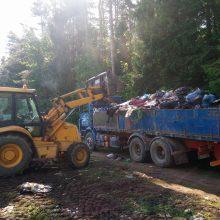 Šernų mišką sodininkai pavertė šiukšlynu