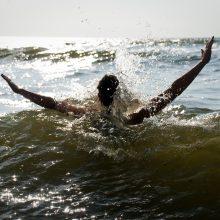 Kuršių mariose ir prie Smiltynės gelbėti keturi asmenys