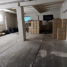Garažuose Kauno rajone – daugiau nei septynios tonos nelegalaus alkoholio