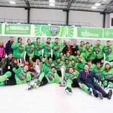 """Lietuvos čempionų titulą iškovojo """"Kaunas Hockey"""" ledo ritulininkai"""