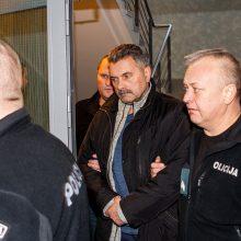 Kyšininkavimo byla: prezidentas atleido vieną teisėją, dėl dviejų kreipėsi į Seimą