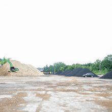 Sumaištis Šančiuose: į prekybos anglimi aikštelę iškviesti ugniagesiai