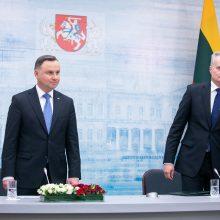Lietuvos ir Lenkijos prezidentai paragino Rusiją atitraukti pajėgas nuo sienos su Ukraina
