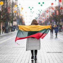 Beveik pusė Lietuvos gyventojų vis dar nepatenkinti demokratijos kokybe šalyje