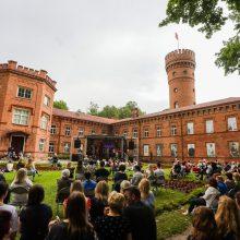 Vyriausybė leido organizuoti renginius didesniam skaičiui dalyvių