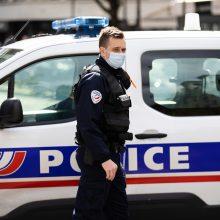 Prancūzijos policijos nuovadoje nudurta administratorė