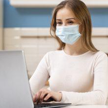 Statistika: dėl pandemijos dirbančios moterys nukentėjo labiau nei vyrai