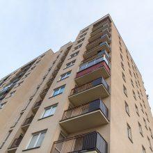 Kaune žuvo iš balkono iškritęs vyras