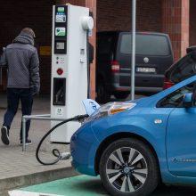 Verslas galės teikti paraiškas dėl kompensacijų naujiems elektromobiliams įsigyti