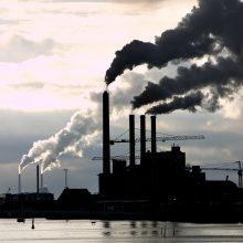 Mokslininkai perspėja: šiemet užfiksuotas rekordinis anglies dioksido lygis