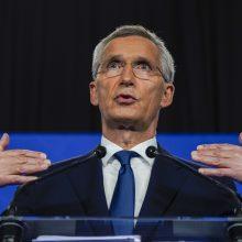 """NATO, ES ir JK apgailestauja dėl Rusijos sprendimo palikti """"Atviro dangaus"""" sutartį"""