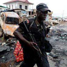 Kamerūne ginkluoti separatistai pagrobė 79 mokinius