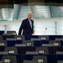 """M. Barnier: ES neapsimetinės, kad derasi dėl """"Brexit"""""""