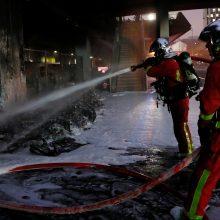 Dėl gaisro ir protestų Paryžiaus centre evakuota geležinkelio stotis