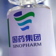 """Kinija suteikė sąlyginį leidimą platinti """"Sinopharm"""" vakciną nuo koronaviruso"""