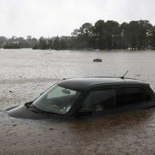"""""""Šimtmetį neregėtų"""" potvynių užkluptą Australiją vėl skalauja liūtys"""