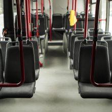 Atsitiktinė pažintis viešajame transporte virto baudžiamąja byla