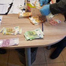 Transporto paslaugų įmonė įtariama nuslėpusi 30 tūkst. eurų mokesčių