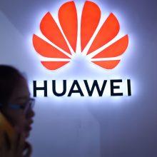 """Nepaisant JAV priešiškumo """"Huawei"""" nusileidžia tik """"Samsung"""""""
