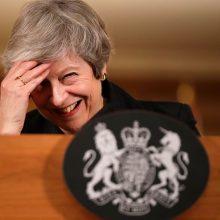 """""""Brexit"""" traukinyje – politikų peštynės"""
