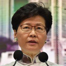 Honkongo lyderė įšaldė masinius protestus išprovokavusį ekstradicijos įstatymą