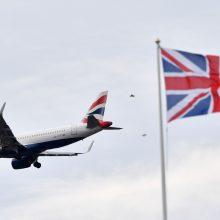 Specialiuoju reisu iš Londono turėtų grįžti 220 lietuvių