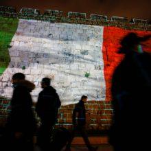 Italijoje per parą mirė daugiau kaip 350 žmonių, Vokietija uždaro sienas