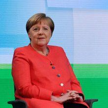 A. Merkel tvirtai atmeta galimybę siekti penktosios kadencijos