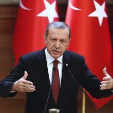 Turkijos prezidentas sugriežtino karantino taisykles dėl koronaviruso