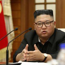 Šiaurės Korėjos lyderis palinkėjo pasveikti koronavirusu užsikrėtusiam D. Trumpui