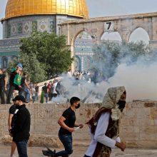 Per naujus susirėmimus Jeruzalėje sužaloti šimtai žmonių