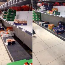 Koronaviruso išsigandę lietuviai šluoja parduotuvių lentynas