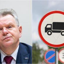 J. Narkevičius apie kelio ženklų dizaino keitimą: būtina atsižvelgti į ES schemas