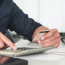 Siūloma, kad darbo užmokestis būtų mokamas pavedimu, nebent susitariama kitaip