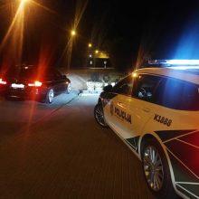 Kauno pareigūnai tikrino poilsiaujančių vairuotojų blaivumą