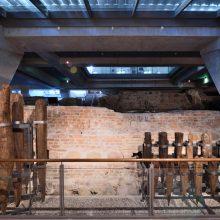 Valdovų rūmuose eksponuos polius, ant kurių stovėjo LDK kunigaikščių rezidencija