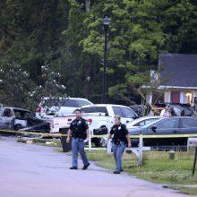Misisipės valstijoje lėktuvui įsirėžus į namą žuvo keturi žmonės