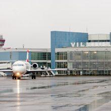 Vilniuje nusileido lėktuvas su beveik 220 keleivių iš Londono