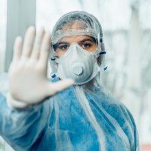 Su koronavirusu kovojančių medikų priedams – dar 10 mln. eurų