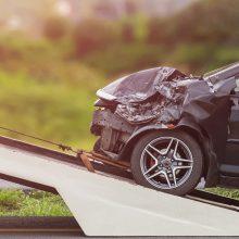 Savaitgalį per eismo įvykius žuvo pėsčiasis, 20 žmonių sužeisti