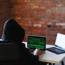 """""""Swedbank"""": pernai įmonių nuostoliai dėl sukčiavimo išaugo daugiau nei 60 proc."""