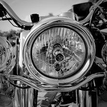 """Mažeikių rajone susidūrė BMW ir """"Harley Davidson"""", motociklininkas žuvo"""