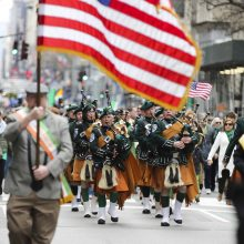 Niujorkas dėl koronaviruso atideda Šv. Patriko dienos paradą