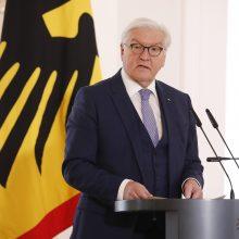 """Vokietijos prezidentas paskiepytas """"AstraZeneca"""" vakcina"""