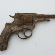 Pokyčiai: registracija bus privaloma ir nešaudantiems ginklams